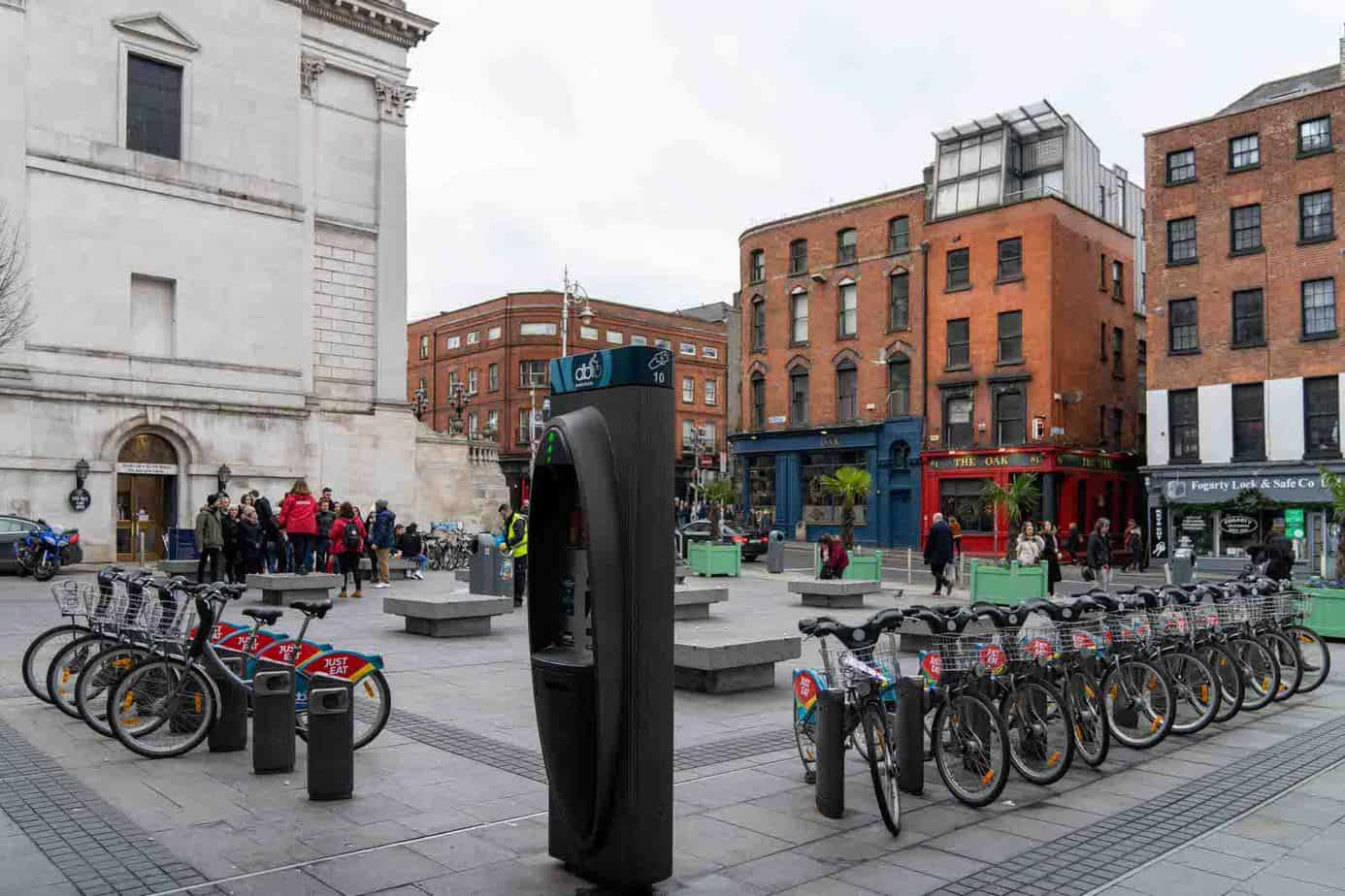 BARNARDO-SQUARE-DUBLINBIKES-DOCKING-STATION-10-IS-LOCATED-HERE-158828-1