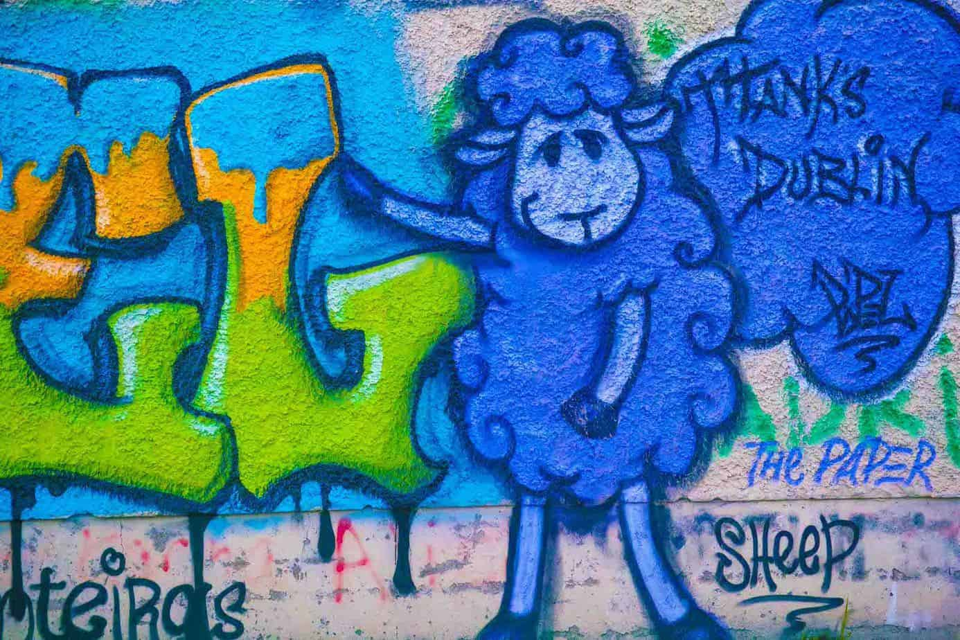 STREET-ART-PHOTOGRAPHED-ON-THE-LAST-DAY-OF-2014-HANOVER-QUAY-HAS-GREATLY-CHANGED-SINCE-THEN-159176-1